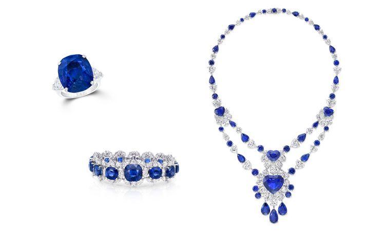 GRAFF多形切割藍寶石和鑽石項鍊、手鐲、22.31克拉枕形藍寶石戒指