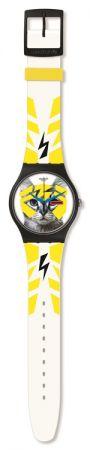 電子貓咪 SUOB135 / NT$ 2350眨眼間彰顯貓咪般的魅惑氣質,黃色閃電讓錶盤中的眨眼貓,更為俏皮吸引人。