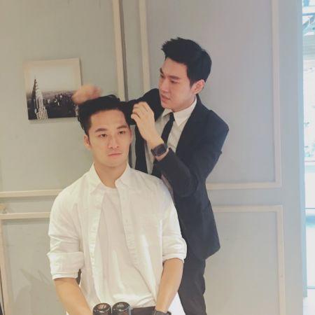 另外還有比較正式的工整油頭,適合上班或是面試場合,就是把頂部的秀髮全都往後梳理整齊,並利用閃電泥調整髮流。