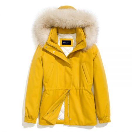 黃色喀什米爾滑雪夾克