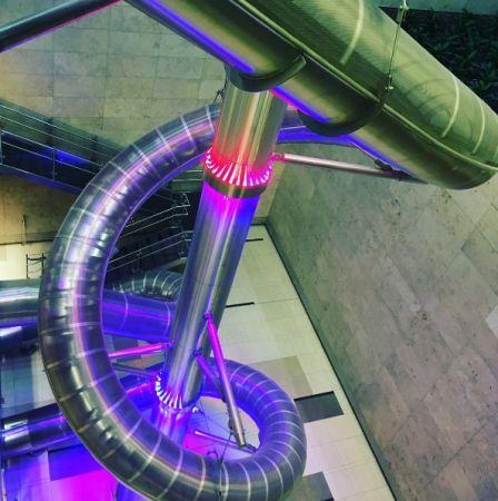 新加坡—樟宜機場溜滑梯