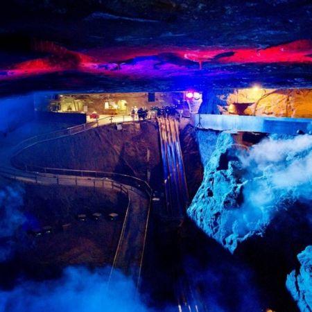 德國—貝希特斯加登鹽礦地心滑梯