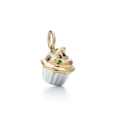 18K 黃金配白金杯形蛋糕吊飾,Tiffany & Co.