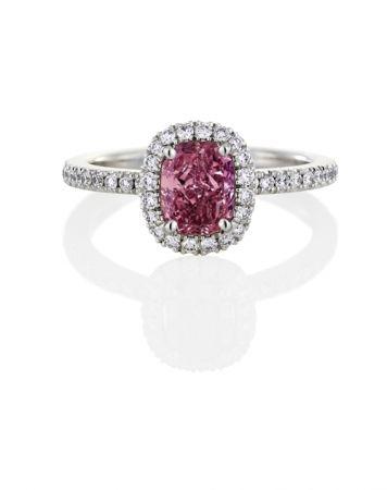 Aura 粉紅鑽戒指,De Beers