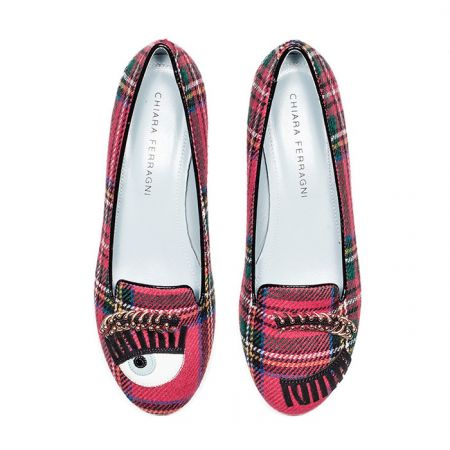 Flirting系列 紅格紋眉環樂福鞋$13,600
