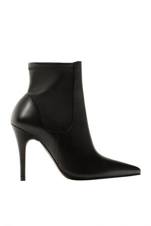 黑色短靴 NT7,950