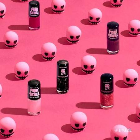 Etude House粉紅骷髏系列指甲油。