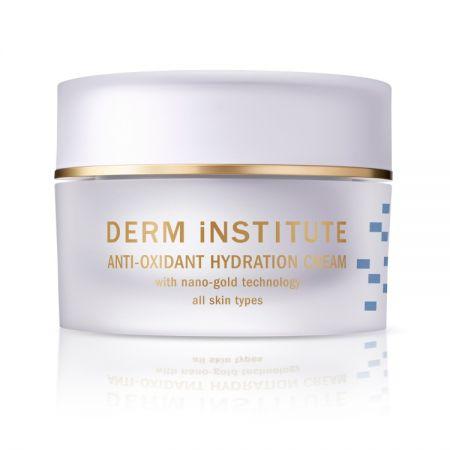 Drem Institute SOS!抗氧保濕彈力霜可幫助肌膚提升潤澤彈力更水嫩,強化肌膚鎖水、補水、造水能力,內外兼顧幫你找回肌膚的輕盈彈力。美妝達人 Ruby因為我的工作常常出外景拍照,所以肌膚容易變得乾燥敏感,這時候我就會拿 Drem Institute SOS!抗氧保濕彈力霜作為我的基礎保濕品,然後它也可以當作按摩霜、還可以薄薄擦上一層當晚安面膜使用!它非常的潤澤保濕,我另外的 Tips 是,如果今天去比較乾燥的地方,我就會調一些在粉底,增添粉底的滋潤度,也讓妝感看起來更自然服貼喔。