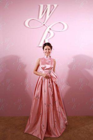 第三套造型SHIATZY CHEN玫瑰石英粉禮服