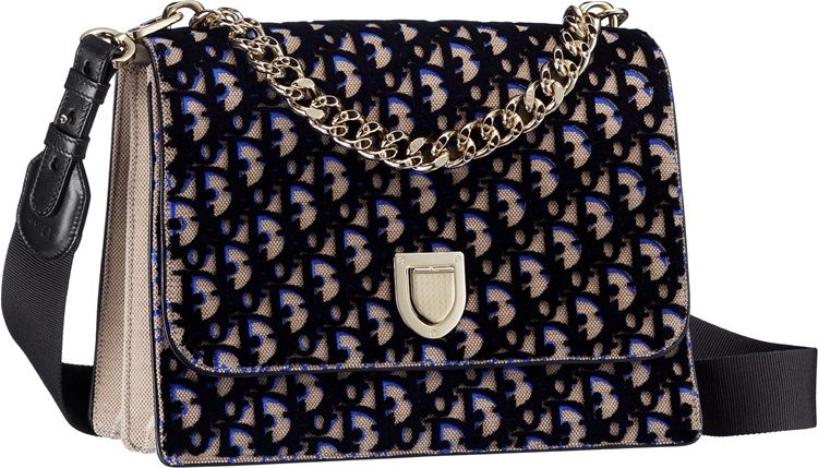 Diorama Satchel黑色立體天鵝絨刺繡鏈包NT$150,000 (Large)