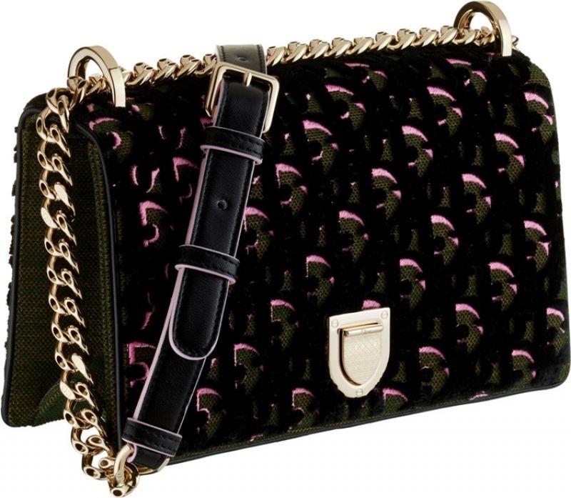 Diorama小型橄欖綠色與粉色立體天鵝絨刺繡鏈包 NT$130,000 (Large)