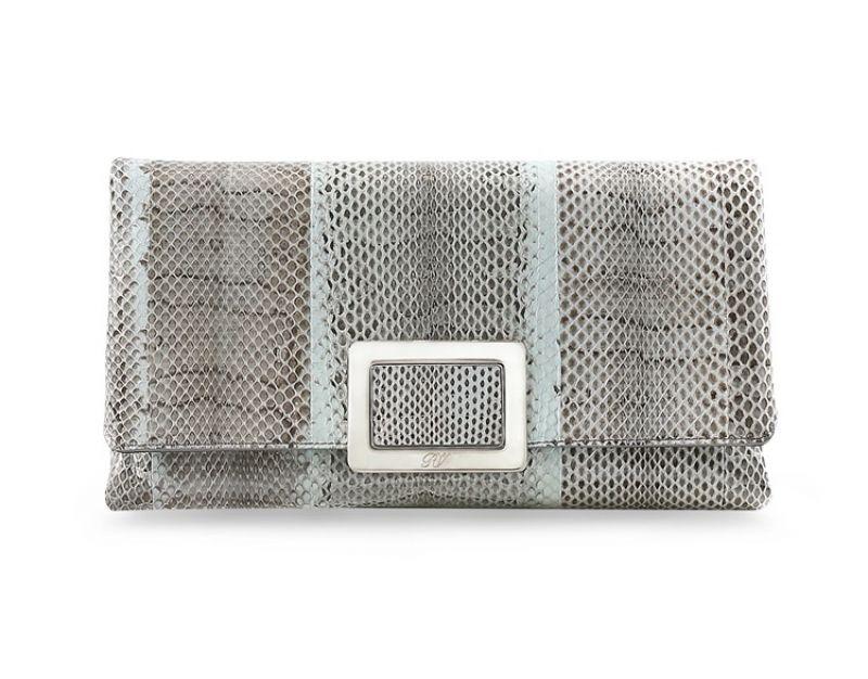 Roger Vivier 全球獨家藍灰色水蛇皮革信封式手拿包_$89,900