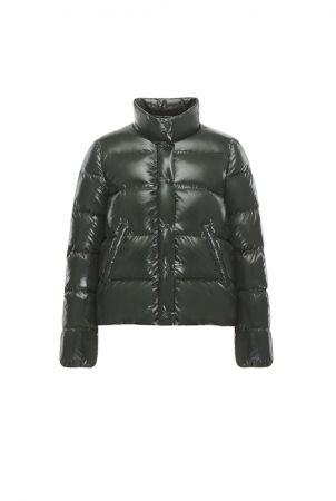 【女裝】MR. _ MRS. MONCLER 特別系列 BRETHIL 英倫墨綠羽絨外套,NT$29,100。