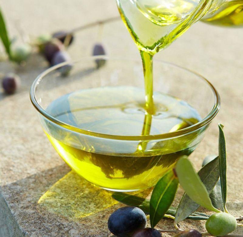 日系保養品牌Paul & Joe 直接使用全球知名的義大利 Cazzetta 家族橄欖油,研發出滿足日本人對肌膚極致要求的橄欖保養系列。