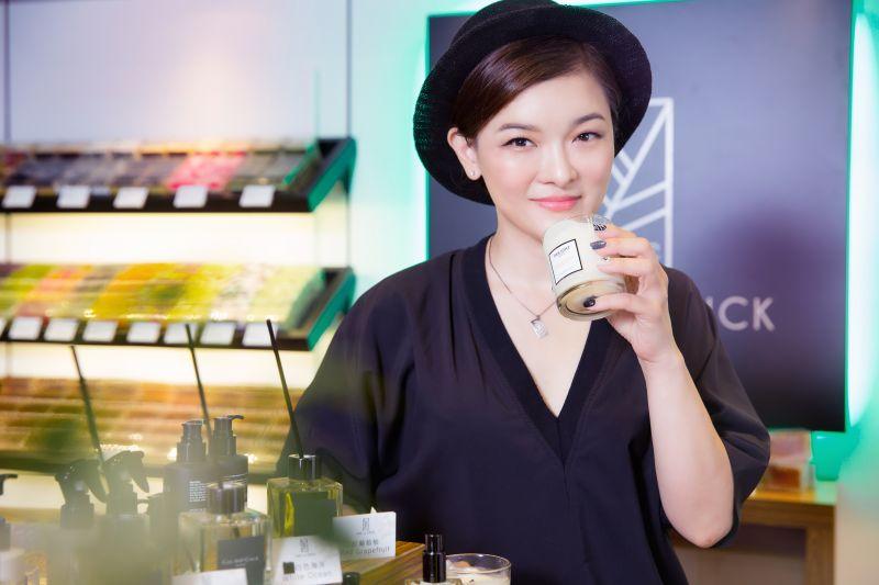品牌創辦人韓國巨星河智苑親姐姐─香氛精油專家田侑倞女士