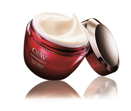新生高效緊緻護膚霜OLAY Super Cream容量:50g 建議售價:NT990特別添加高濃度來自法國、比黃金更矜貴3倍的Penta-peptide、Lyslatine黃花胡前提取物和橄欖萃取,從肌膚底層的修護入手,使肌膚飽滿充盈,能有效撫平細紋、淡化皺紋、改善鬆弛及回復彈性,緊緻臉部肌膚曲線!只需每天使用,幫助膠原蛋白自我增生!連續使用7天 促進肌膚更新,飽滿緊緻!14天肌底膠原蛋白增生,讓皺紋肌膚重拾彈性!