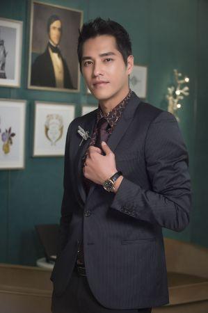 金鐘影帝藍正龍配戴Tiffany 最新CT60雙時區腕錶亞洲限量款 演繹時尚內斂男仕風範