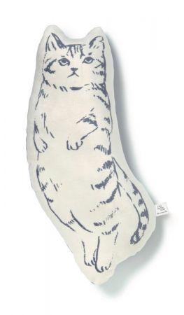 慵懶貓咪造型抱枕,1000元