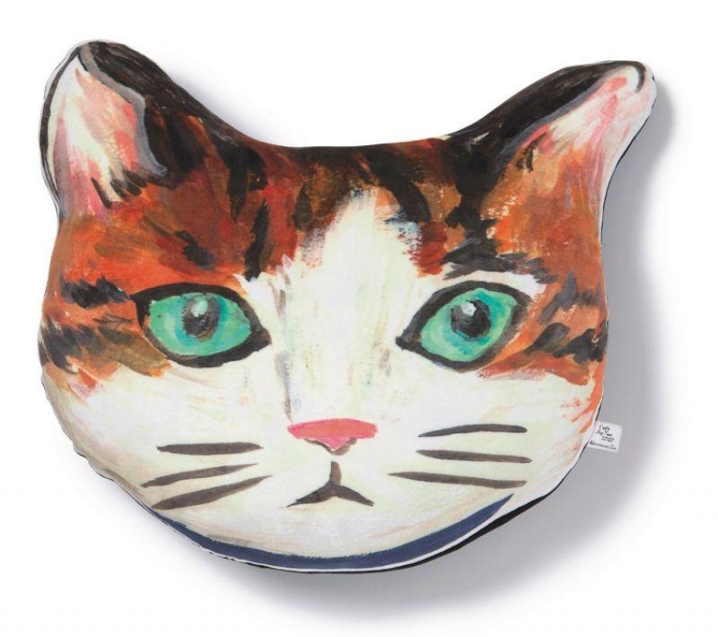 慵懶貓咪造型抱枕,1180元