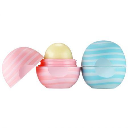 焦糖牛奶潤唇球 (左) ; 香草薄荷潤唇球 (右)
