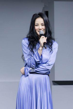 王菲配戴Tiffany T系列珠寶