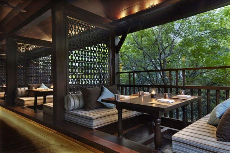 戶外用餐區各自獨立,也有絕對隱私舒適的用餐環境