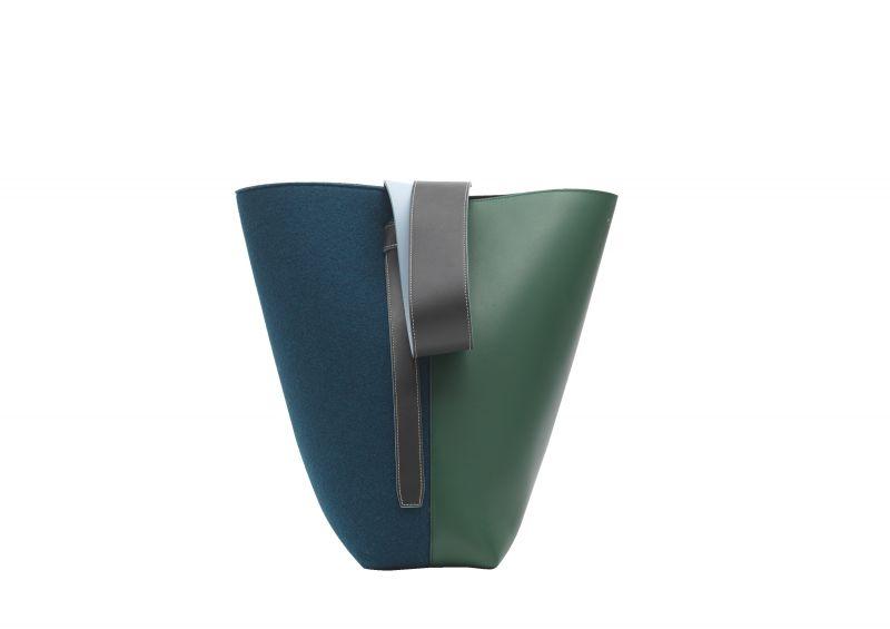 TWISTED CABAS藍綠拼色毛氈小牛皮提包 $63,000