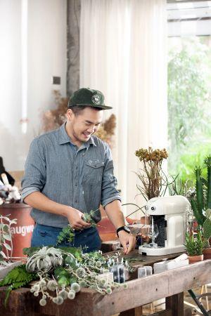 植物建築師李霽聊起自己以及咖啡時,眼睛總是透著晶亮的光。