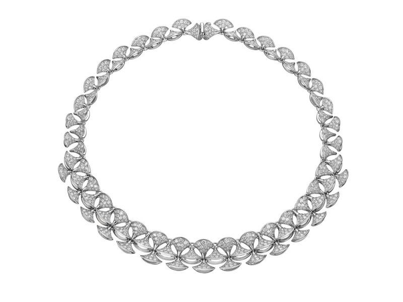 BVLGARI DIVAS' DREAM鑽石項鍊白K金項鍊,鑲飾845顆密鑲鑽石(總重約16.58克拉)參考售價:約NT$3,484,000元