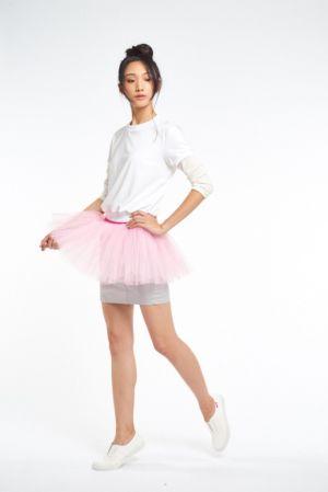 PINK RUN 運動時尚風潮蔓延Style 4:自信粉紅OL