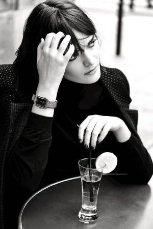 Boy.Friend Tweed 斜紋軟呢腕錶的全新形象