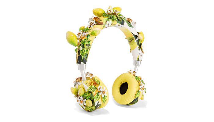 立體花朵綴飾耳機,Dolce & Gabbana(net-a-porter)。
