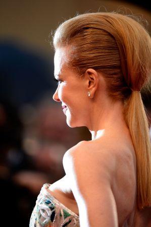 後梳頭馬尾Nicole Kidman
