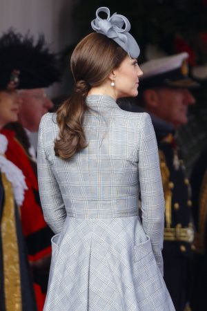 低長捲馬尾Kate Middleton