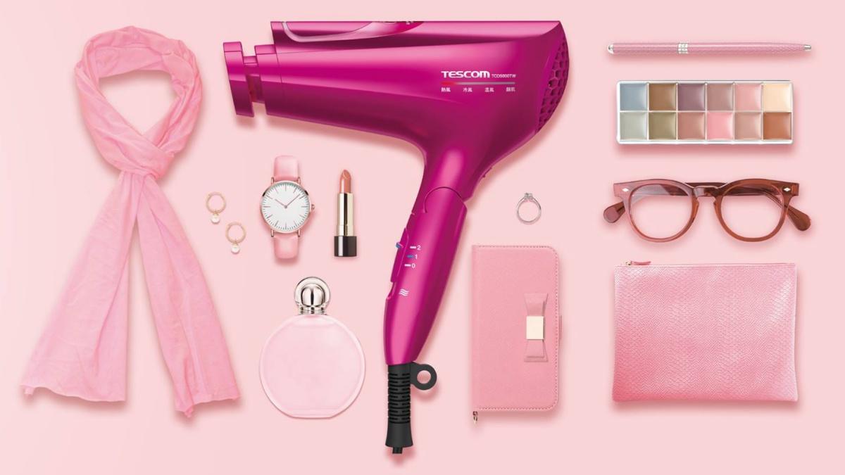 膠原蛋白、奈米水霧、白金養髮潮!風靡日本妞TESCOM再推第二代時尚鏡面吹風機