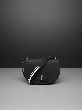 Simplissime系列 Le Mutin黑色小牛皮肩背包 NT$136,000