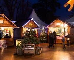 La Réserve日內瓦酒店11月下旬至1月初,有一系列奇妙時光之旅活動(Magical Moments),在冬天的日內瓦施展一場神奇魔法。除了邀請魔術師表演外,節日聖誕村,還會為小朋友準備了化妝和創意手工坊的行程。海鮮大餐和燒烤菜式更會讓節日更顯豐富難忘。