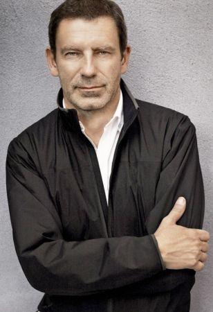 創意總監Tomas Maier