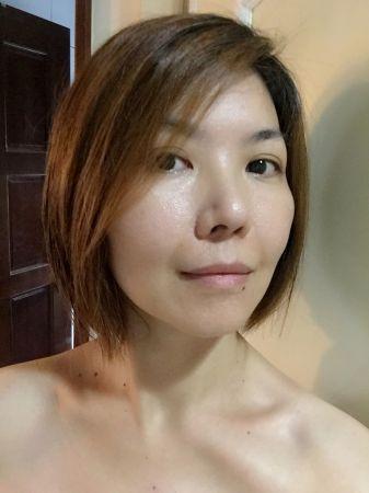洗後搭配潤髮乳,可以降低頭髮和頭髮之間的摩擦,讓頭髮變得更柔順。