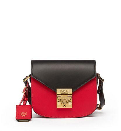 Patricia迷你型撞色款式紅寶石色肩背包NTD25,000.