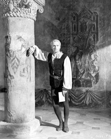 《王子復仇記》(Hamlet, 1948)導演 勞倫斯奧立佛