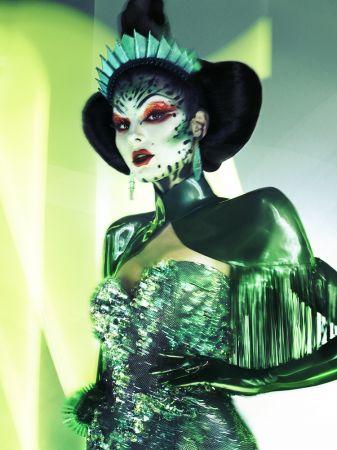 靈感來源:ALIEN QUEEN外星女王