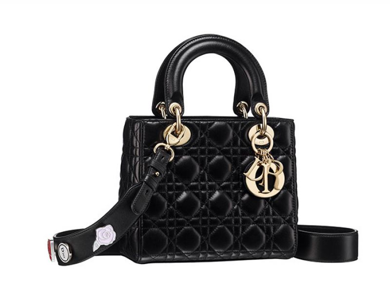 My Lady Dior經典黑色藤格紋與幸運徽章揹帶提包NT$125,000