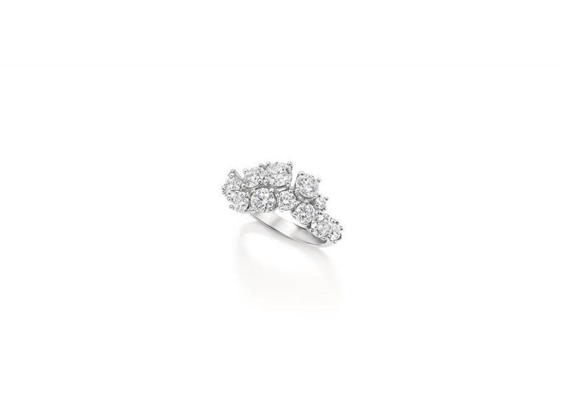 Sparkling Cluster 絢漪錦簇系列鑽石戒指,Harry Winston
