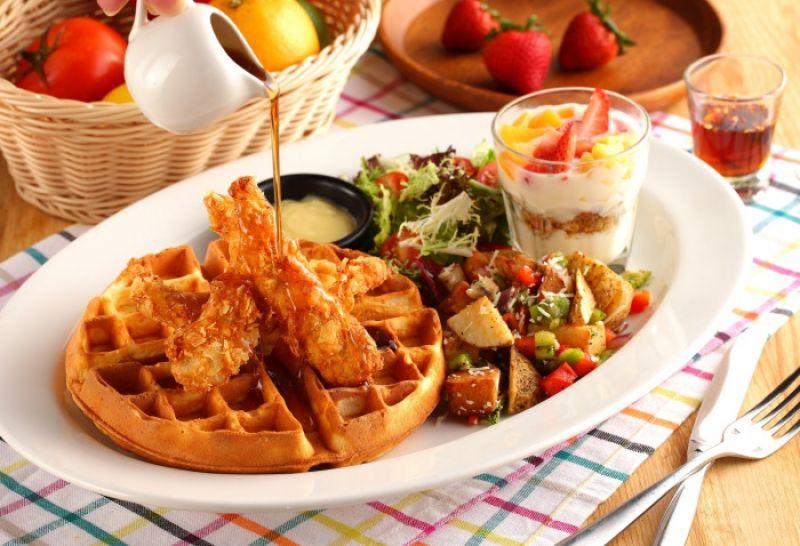 紐奧良雞肉鬆餅 Chicken & Waffles 售價NT$390