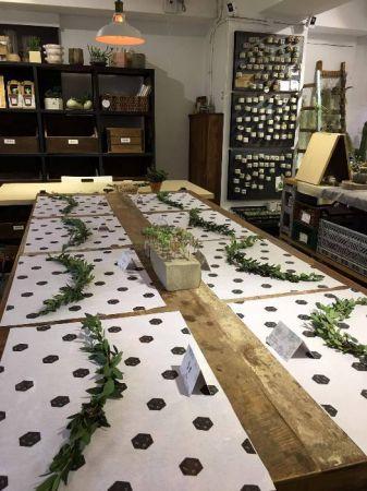 有肉植物桂冠圈課程、也有迷你多肉植物聖誕花圈課程