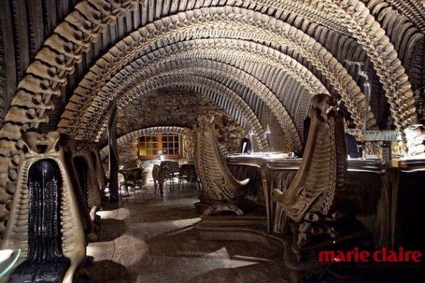 瑞士—H.R. Giger Alien Bar