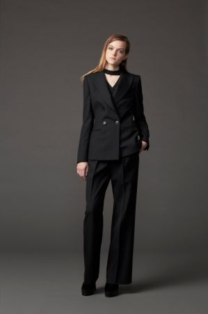 BLCAK WARDROBE 黑色衣櫥