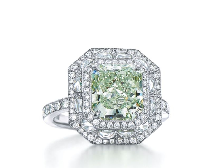 Tiffany 2016 Masterpieces 濃彩綠鑽戒指