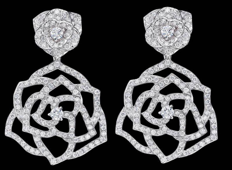 入圍者—最佳女主角,范冰冰的珠寶行頭Piaget Rose18K白金耳環鑲嵌300顆圓形美鑽(約1.5克拉)台幣參考售價 580,000元